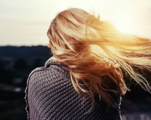 7 Important Hair Extension Care Tips - The Sunrise Post