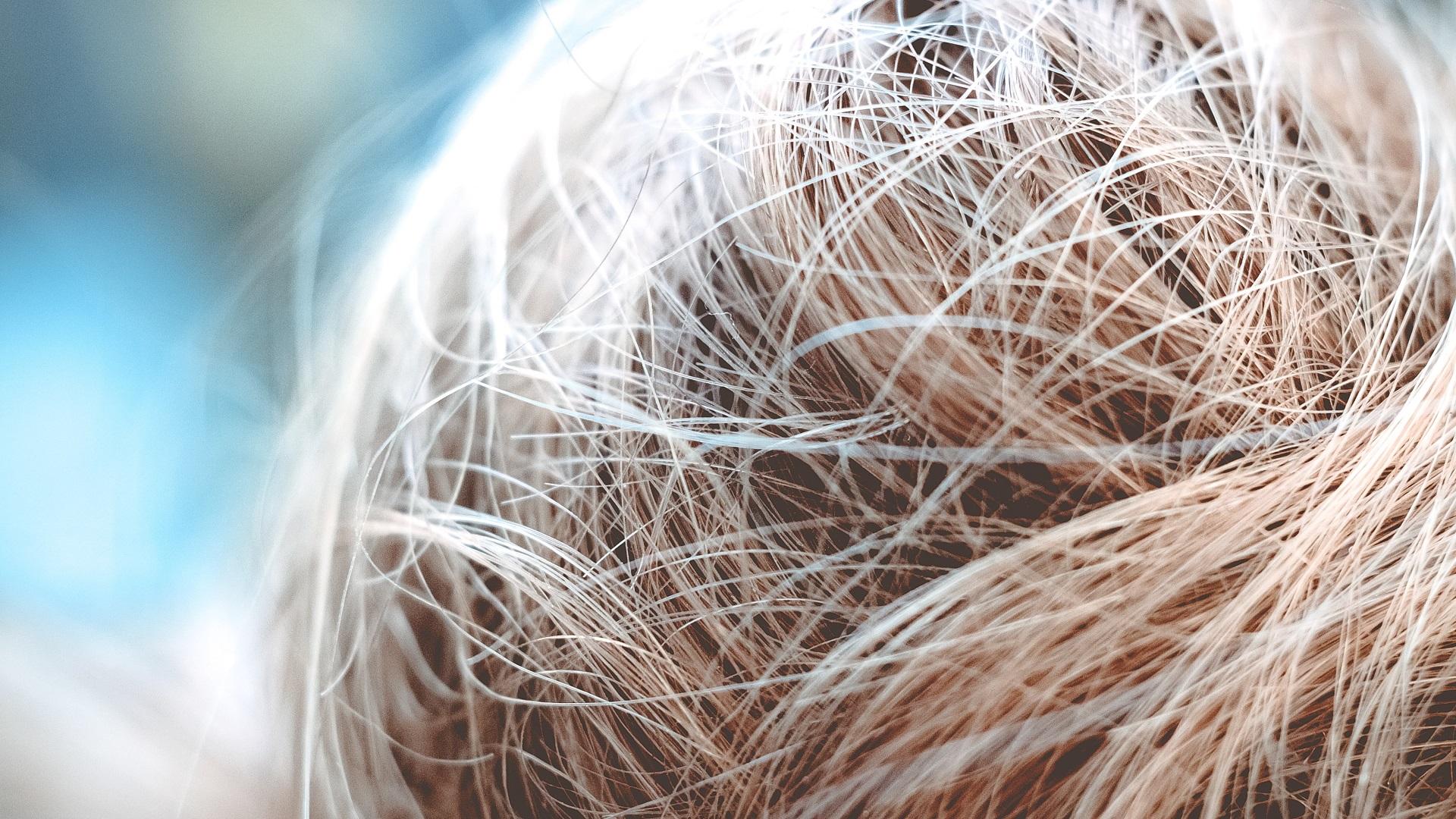 body wave blonde hair