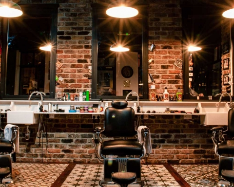 Why-You-Should-Go-to-a-Barbershop-on-thesunrisepost